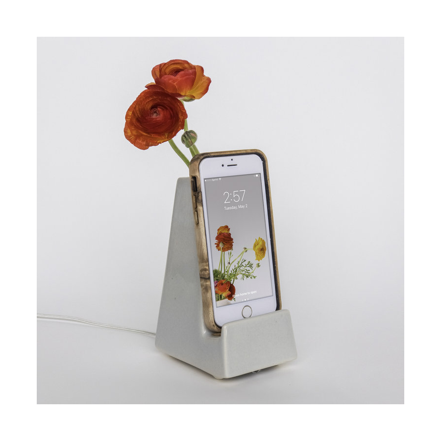 Stak Ceramics - Phone Vase - Earl Grey